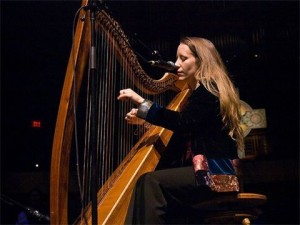 Kelly Stewart - 2011 US National Scottish Harp Champion