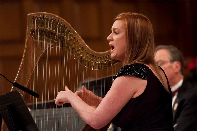 Gaelic Mod champion harpist Jennifer Port performs at the Pipes of Christmas